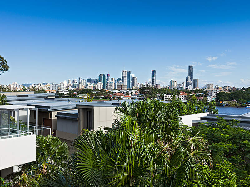 221/90 Wynnum Road, Norman Park, Qld 4170