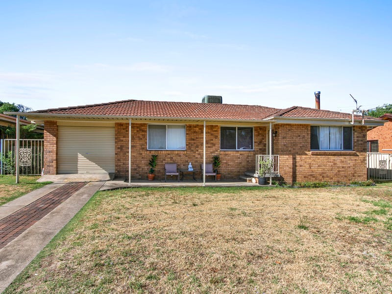 18 Johns Drive, Kootingal, NSW 2352