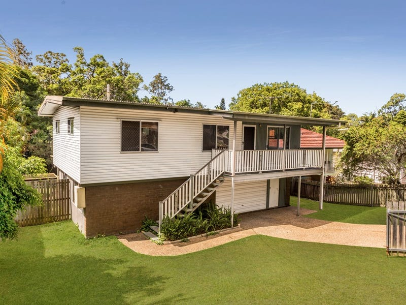 18 Menangle Avenue, Arana Hills, Qld 4054