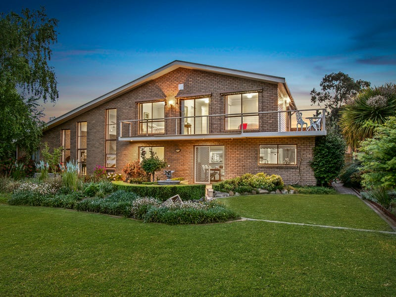 18 Parkwood Way, Traralgon, Vic 3844
