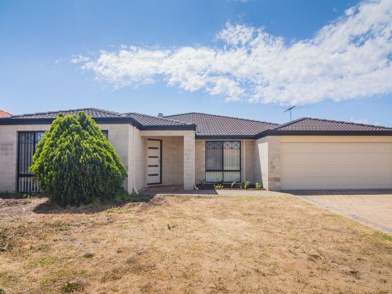 226 Amherst Rd, Canning Vale, WA 6155