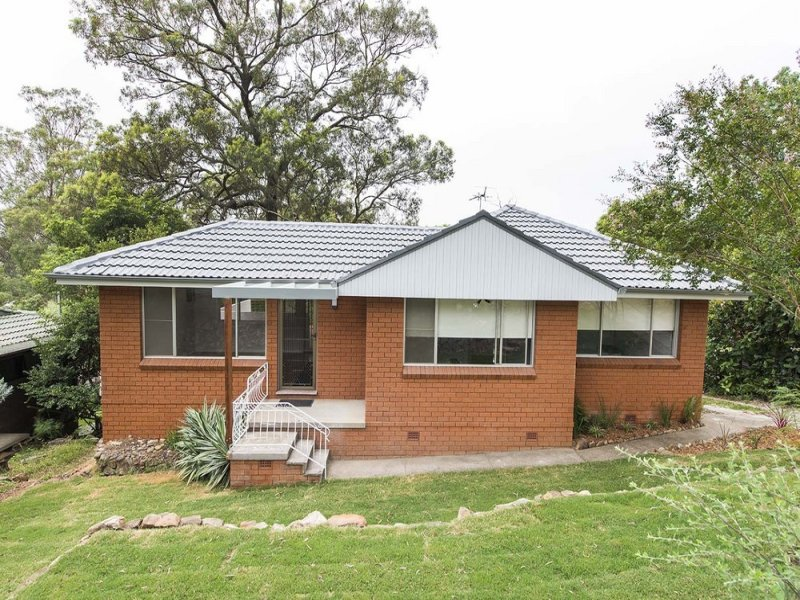 22 Hume Road, Lapstone, NSW 2773