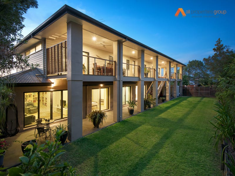 13 Myrtle Crescent, Brookwater, Qld 4300