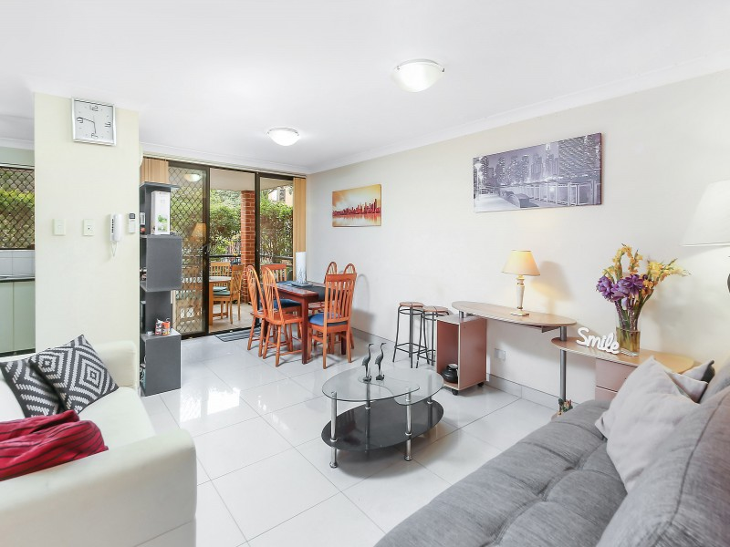 16/16-18 Hornsey Road, Homebush West