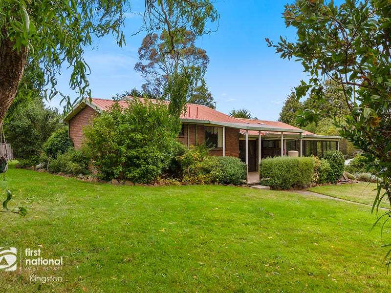302 Leslie Road, Kingston, Tas 7050