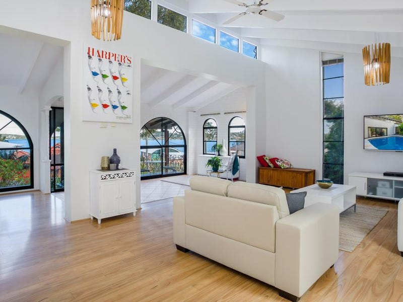 106 Coal Point Road, Coal Point, NSW 2283