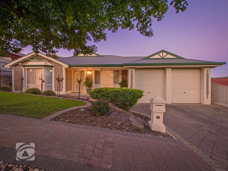 13 Peppermint Close, Greenwith, SA 5125