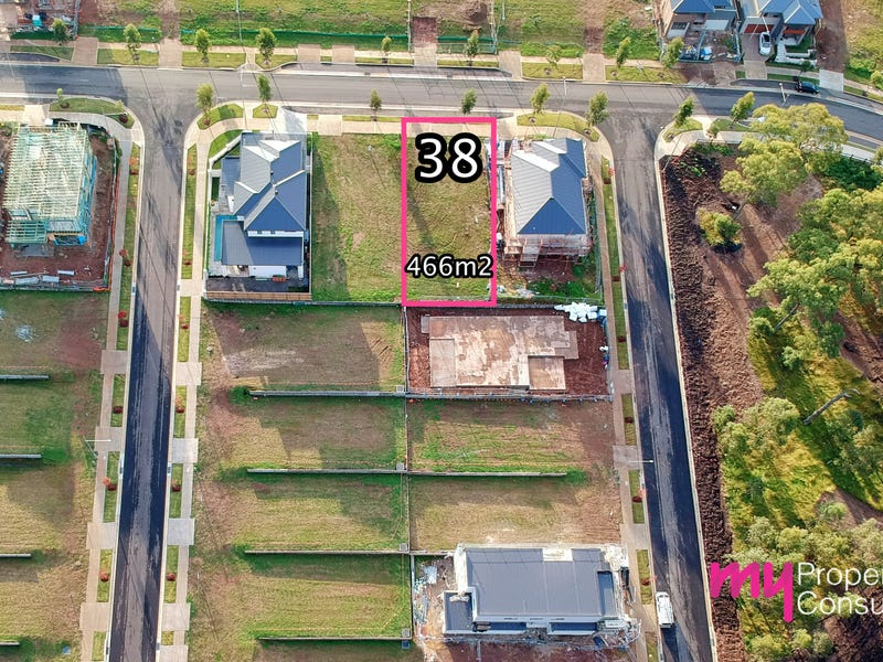 38 Providence Drive, Gledswood Hills, NSW 2557