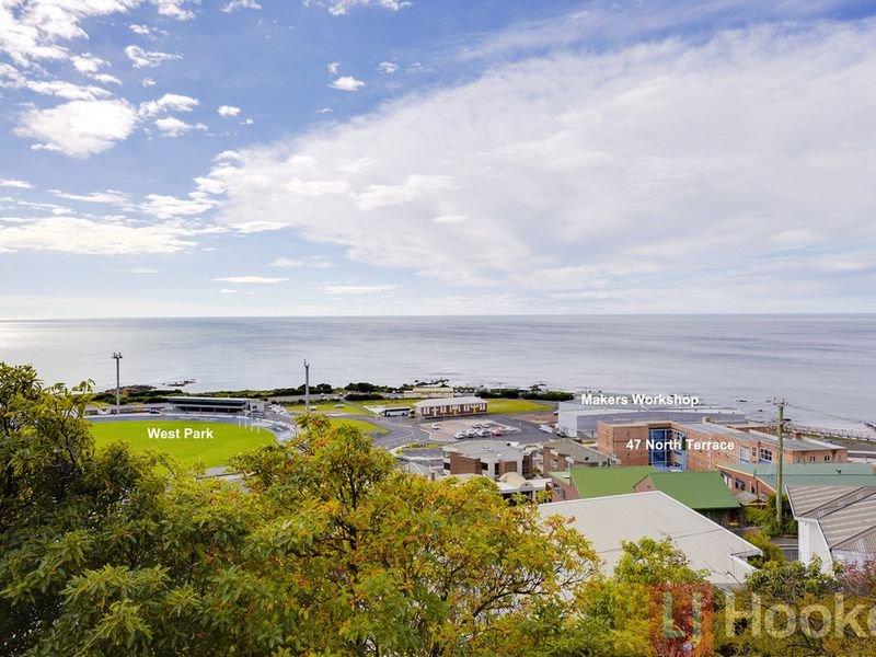 11/11-47 North Terrace, Burnie, Tas 7320