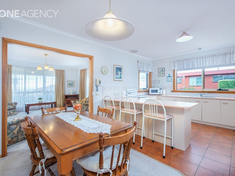 1/37 Thorne Street, Upper Burnie, Tas 7320