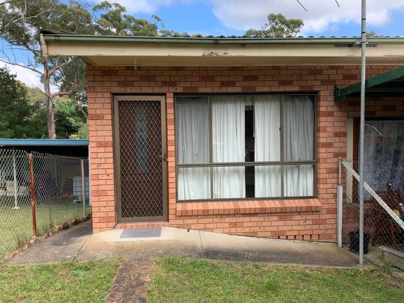 1/1 Callistemon Avenue, Hill Top, NSW 2575