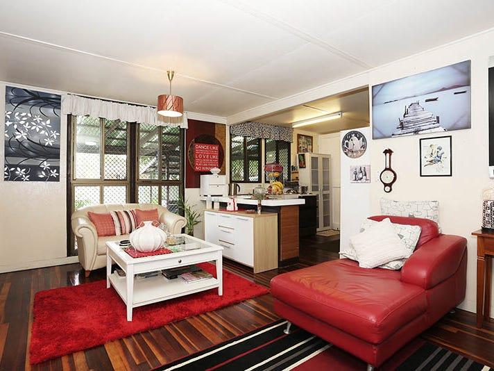 54 Kangaroo Avenue, Bongaree, Qld 4507