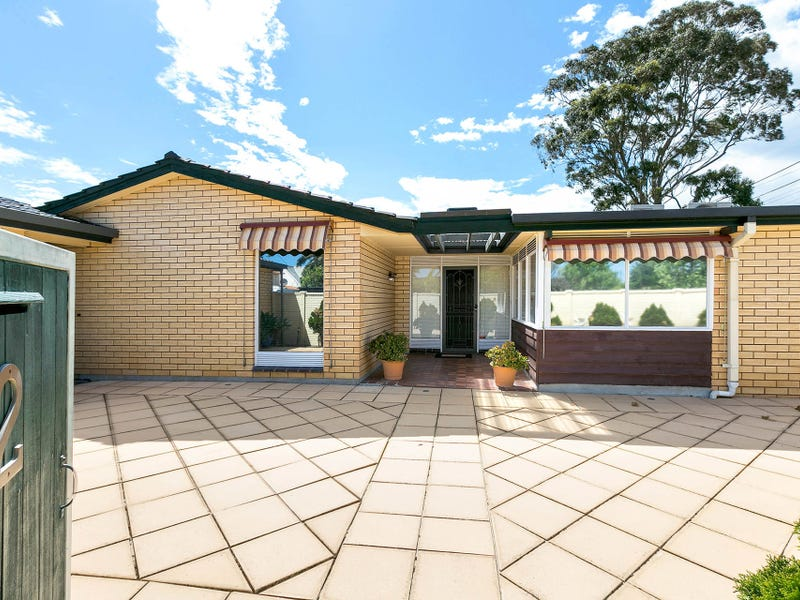 2 Neptune Crescent, West Beach, SA 5024