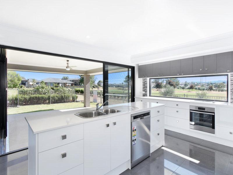 62 Peak Drive, Tamworth, NSW 2340