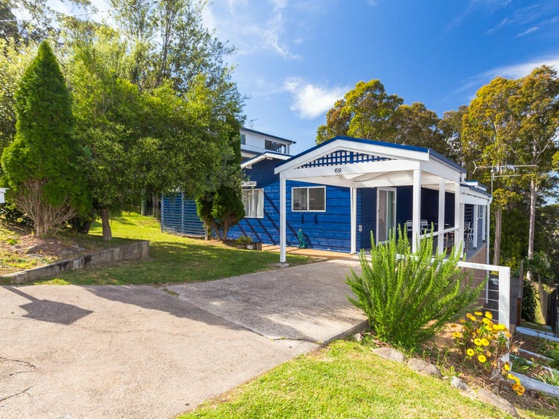 69 Forest Parade, Tomakin, NSW 2537
