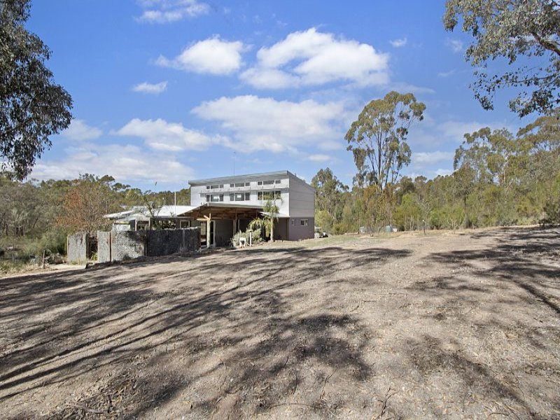 43 Curtis Road, Axe Creek, Vic 3551
