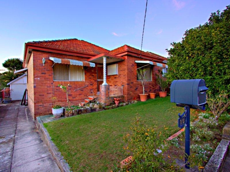 15 Hansen Avenue, Earlwood, NSW 2206