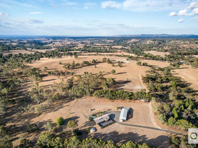 1109 Black Top Road, One Tree Hill