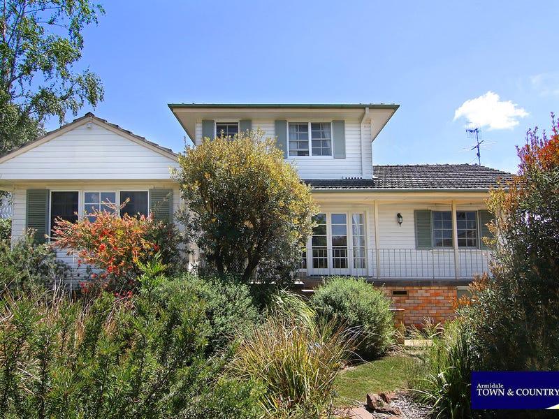 17 Richarson Avenue, Armidale, NSW 2350