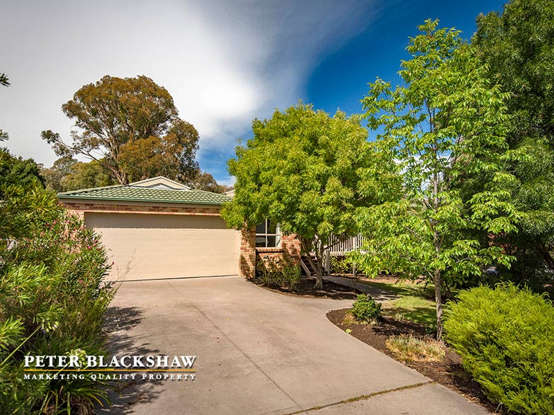 36 Bellchambers Crescent, Banks, ACT 2906