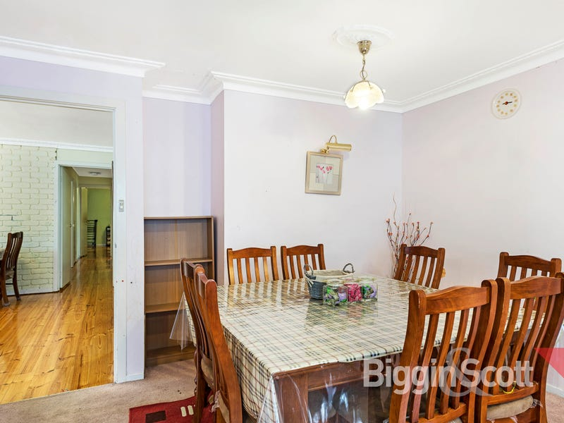 122 Lawrence Road, Mount Waverley, Vic 3149
