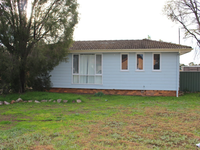 29 Gossamer St, Leeton, NSW 2705