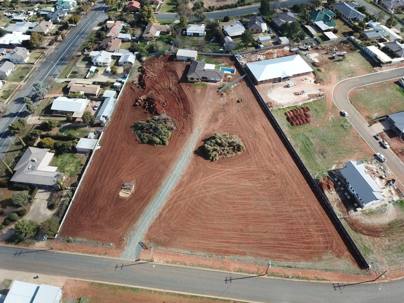 "2-10 ""Wadey Place"", Temora, NSW 2666"