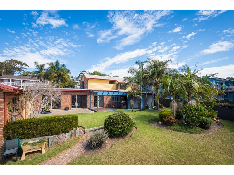 17 Tura Circuit, Tura Beach, NSW 2548