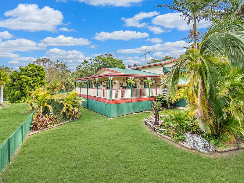 298 Robinson Road, Mount Mee, Qld 4521