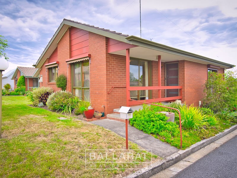 27 The Grange, Soldiers Hill, Vic 3350