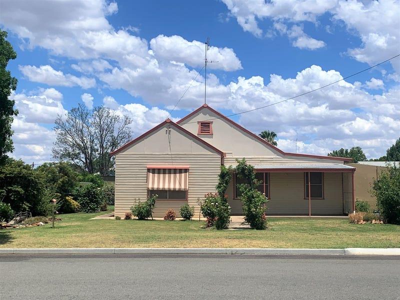 54 Mahonga Street, Jerilderie, NSW 2716