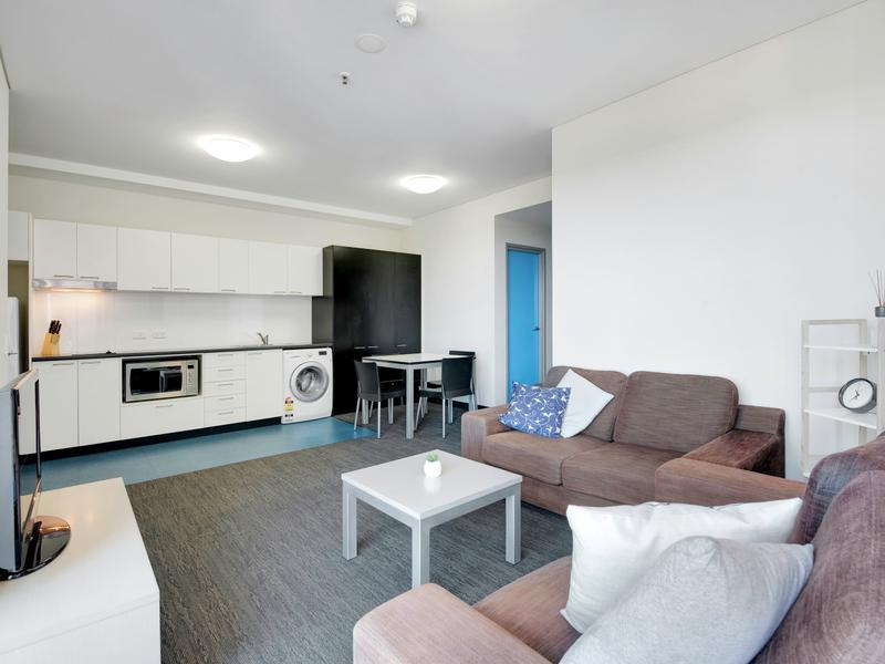1004/15 synagogue place, Adelaide