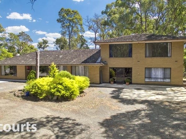 2022 Geelong Road, Mount Helen, Vic 3350