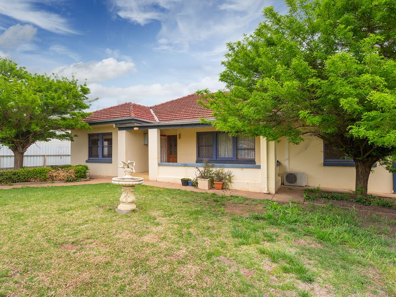 4 Graham Street, Henty, NSW 2658
