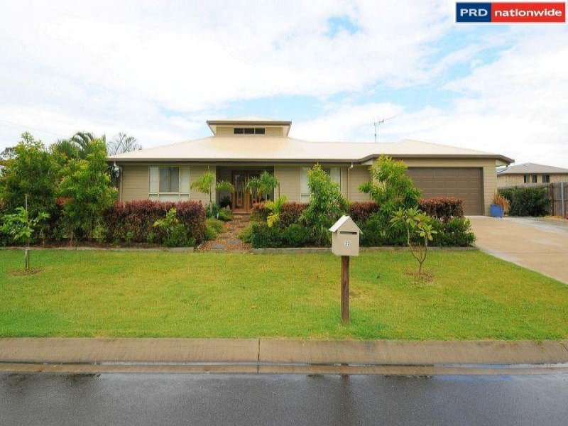 33 Tree View Road, Toogoom, Qld 4655