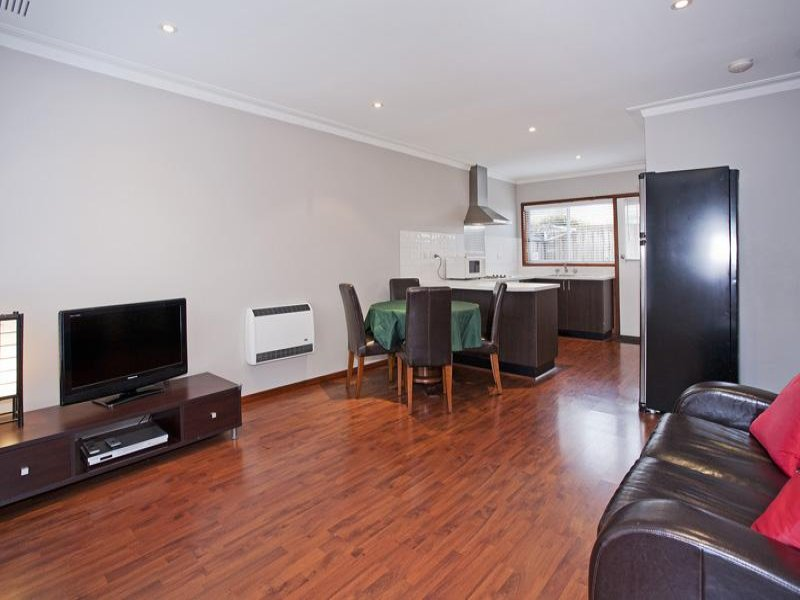2/2-8 Church Street, North Geelong, Vic 3215