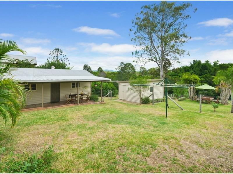 19 HAY ROAD, Dayboro, Qld 4521