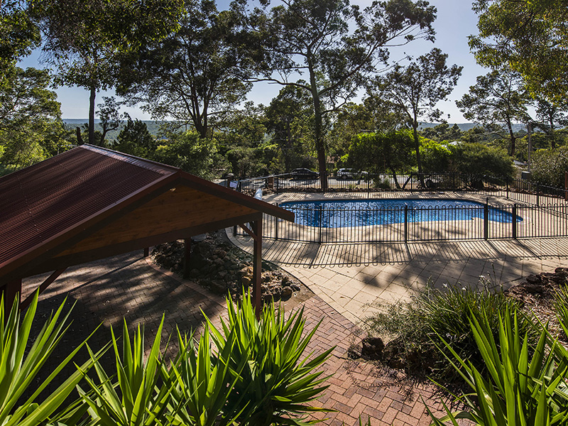 38 Valley Road, Kalamunda, WA 6076
