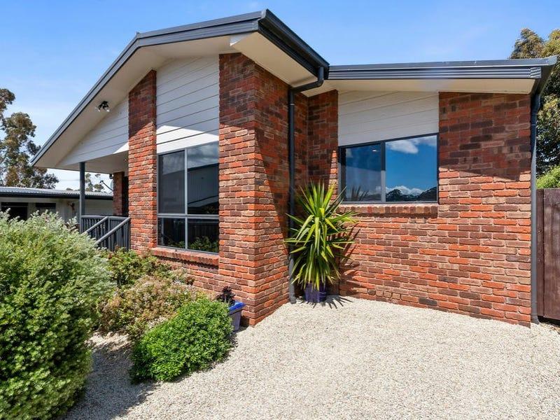 Unit 1, 211 Roslyn Avenue, Blackmans Bay, Tas 7052