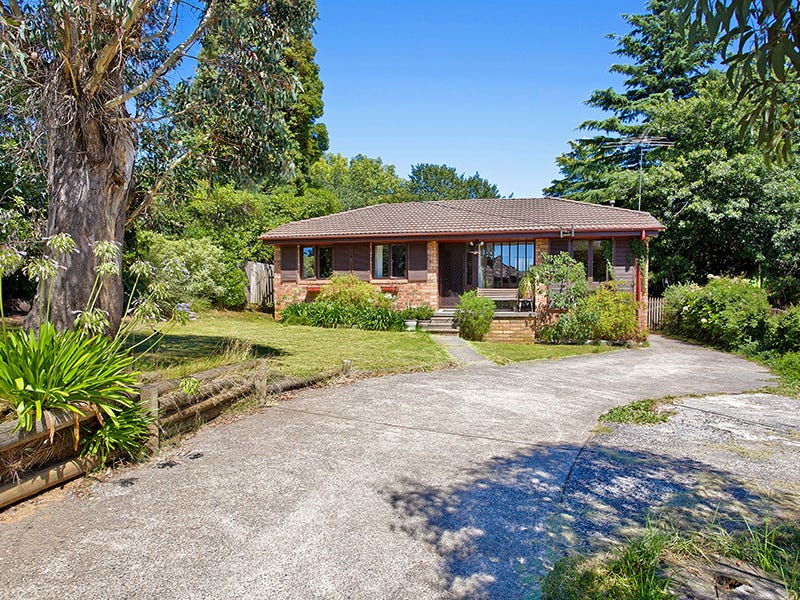 44 Inconstant Street, Blackheath, NSW 2785