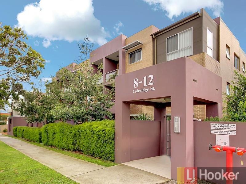 2/8-12 Coleridge Street, Riverwood, NSW 2210