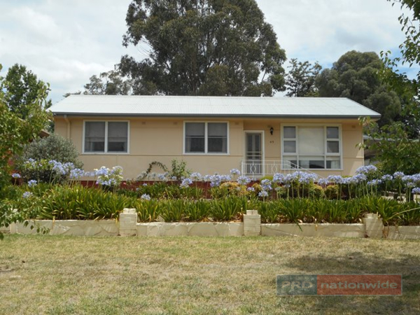 65 Lynch Street, Adelong, NSW 2729