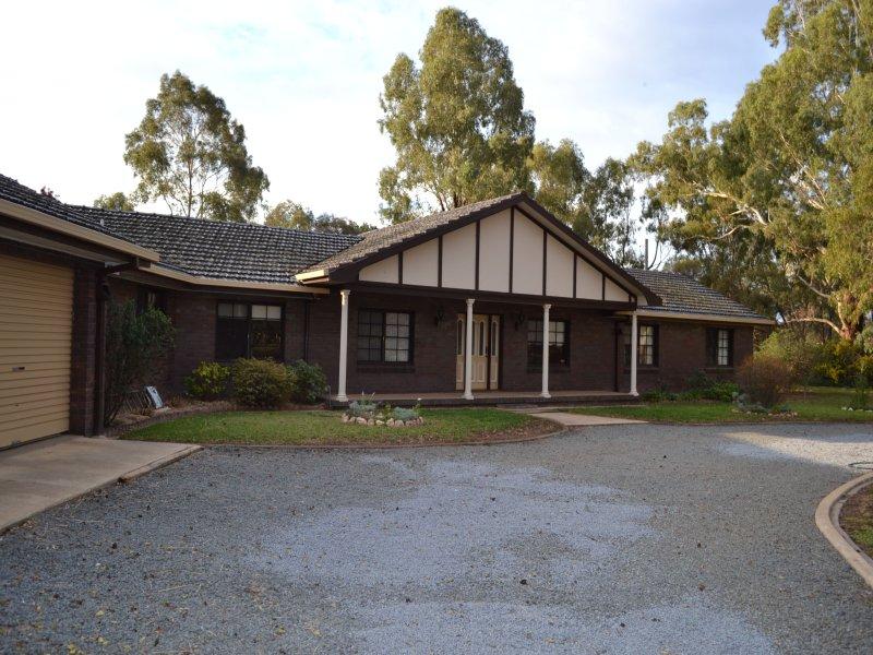 68 Plumpton Rd, Springvale, NSW 2650
