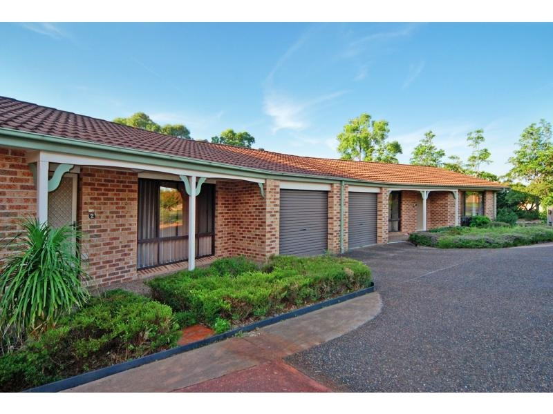1/6 Waroo Place, Bomaderry, NSW 2541