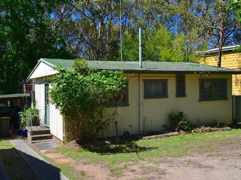 24 Rhodes Parade, Windermere Park, NSW 2264
