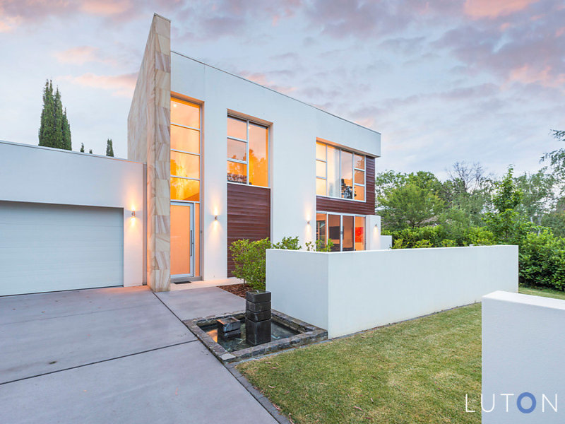 16 Hobart Avenue, Forrest, ACT 2603