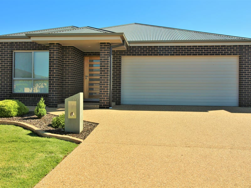 2/2 Gillmartin Drive, Griffith, NSW 2680