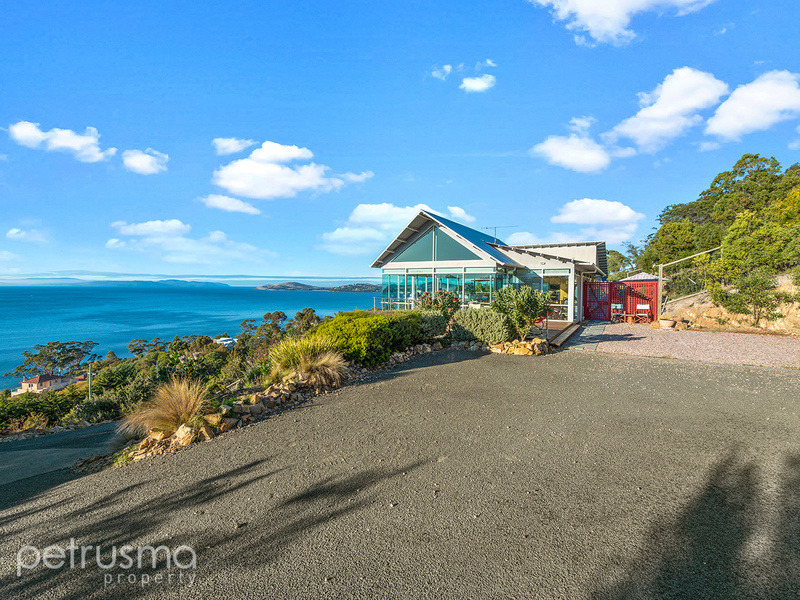 32 Kirra Road, Roches Beach, Tas 7170