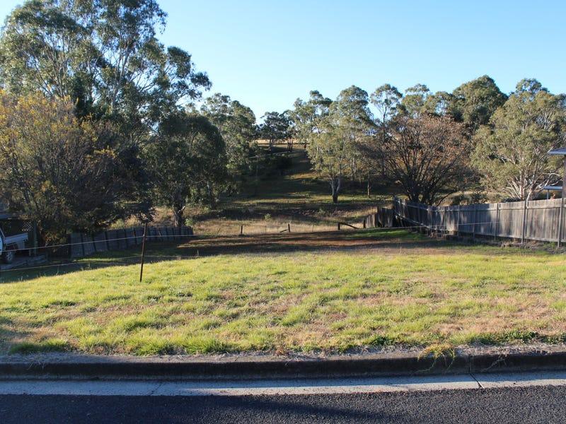 4 Robinson Avenue, Glen Innes, NSW 2370