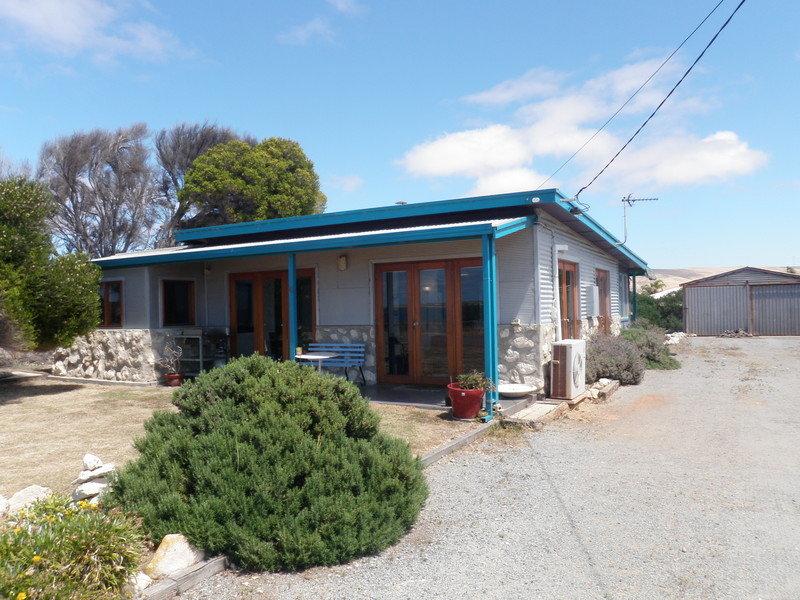 23 South East Terrace, Louth Bay, SA 5607